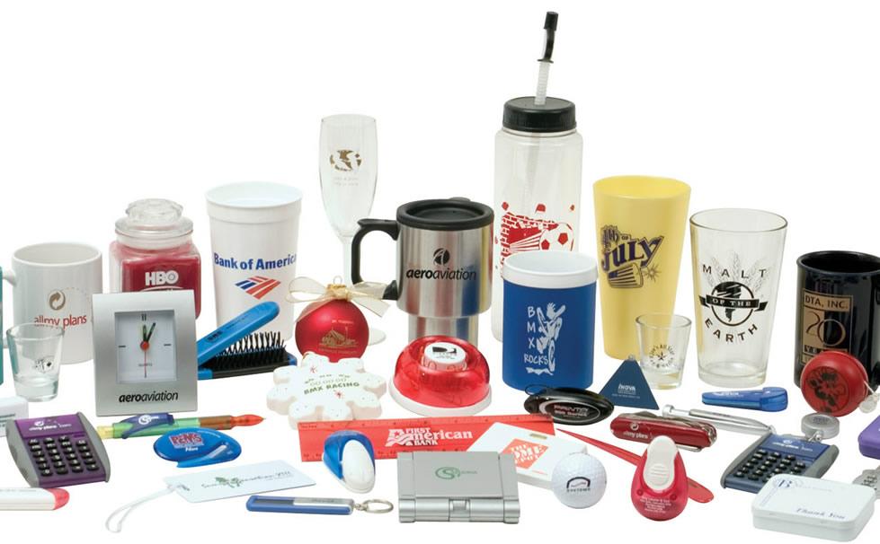 Brindes corporativos, canecas, chaveiros, agenda, camisetas, squeeze, garrafas, brinquedos, réguas e outros
